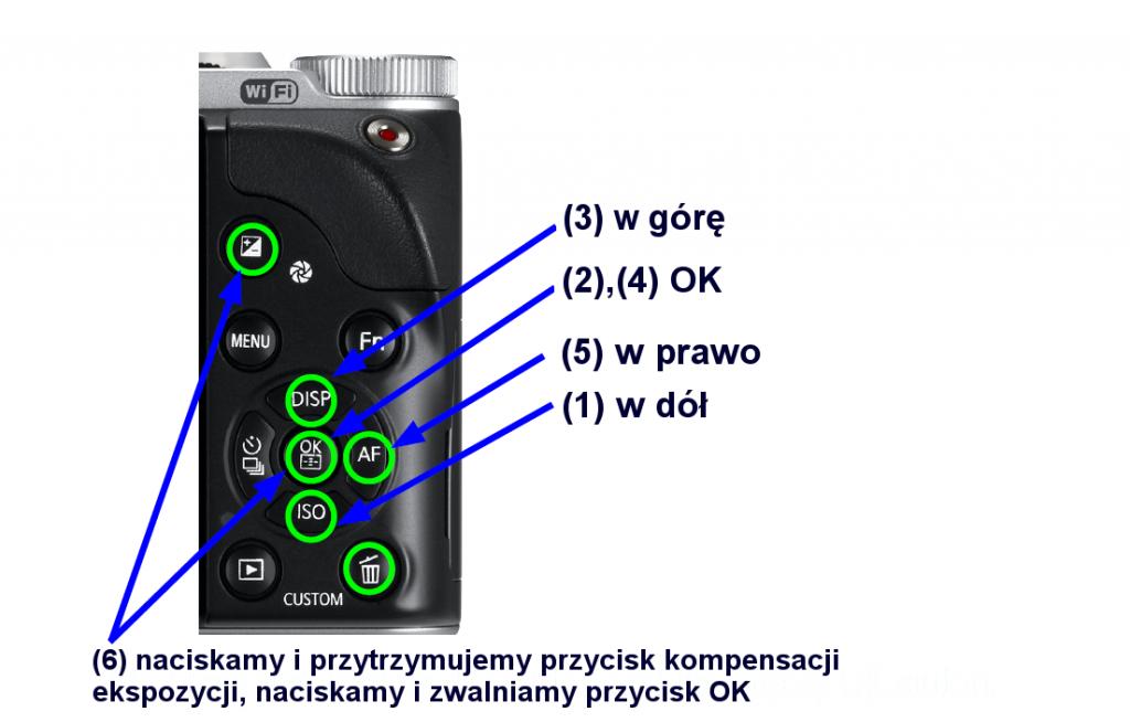 Opis klawiszy w celu aktywacji ukrytego menu w aparacie Samsung NX300