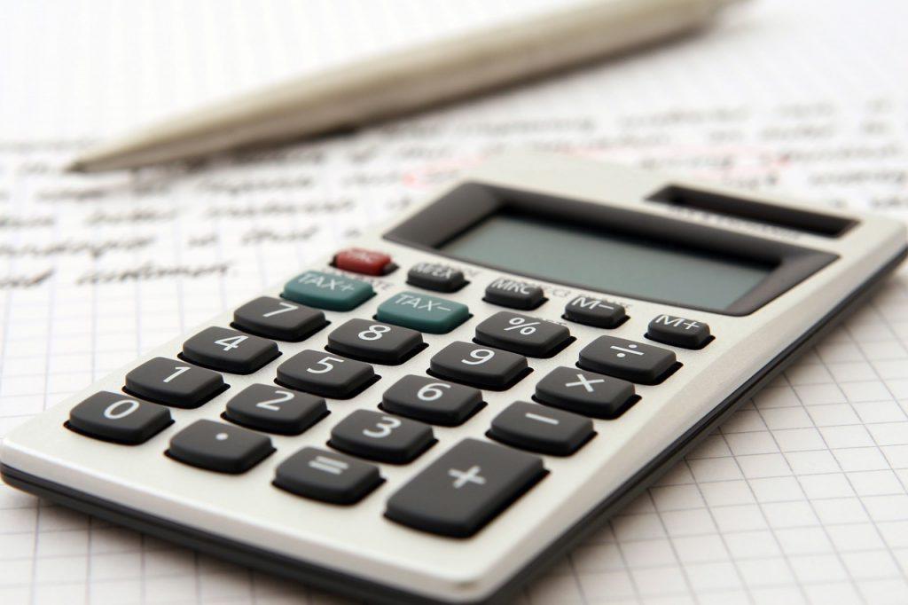 Kalkulator podstawowe narzędzie księgowego.