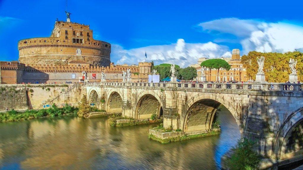 Rzym wieczne miasto architektura